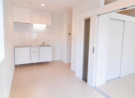 白色を基調とした新築キッチン